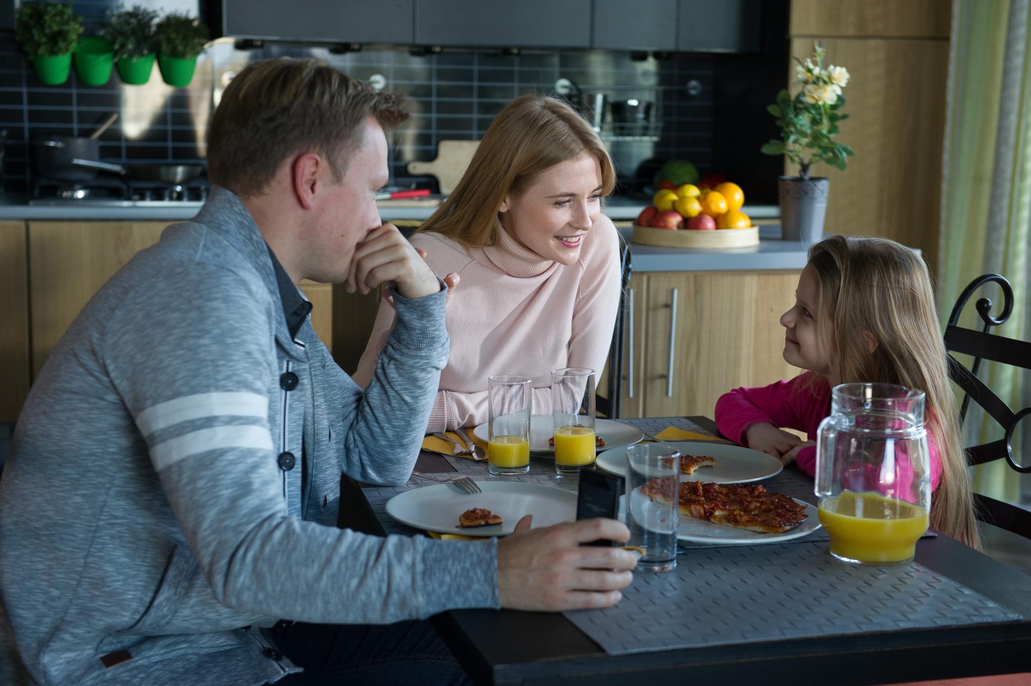 Igor, Elżbieta i Julka